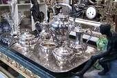 Barer 3, Silberdekoration, Silberkrüge
